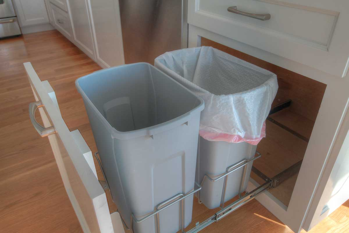 Double Trash can insert our Standard in every kitchen! | Simmons ...
