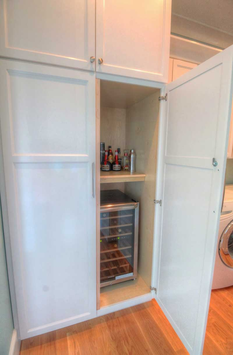 Custom Wine Closet : Full Overlay Shaker With Alabaster Finish